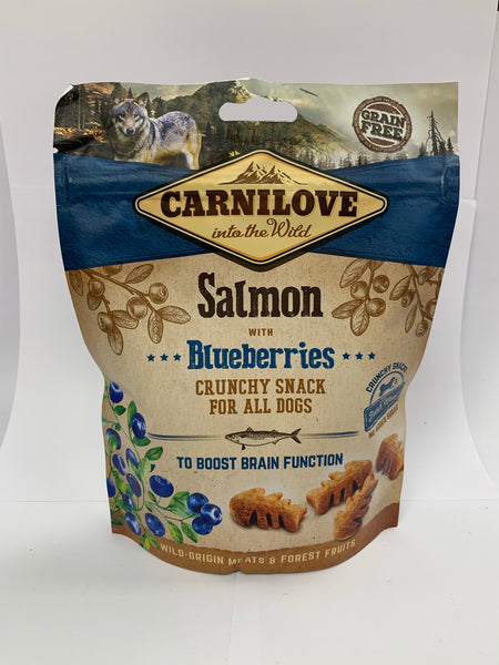 Carnilove Salmon with Raspberries crunchy treat for dogs 200g