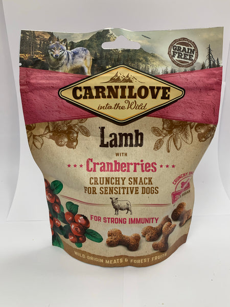 Carnilove Lamb with Cranberries crunchy snack for sensitive dogs 200g