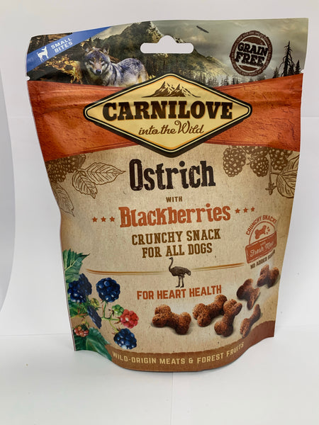 Carnilove Ostrich with Blackberries crunchy dog snack 200g
