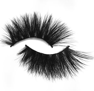 THE YAY LASHES