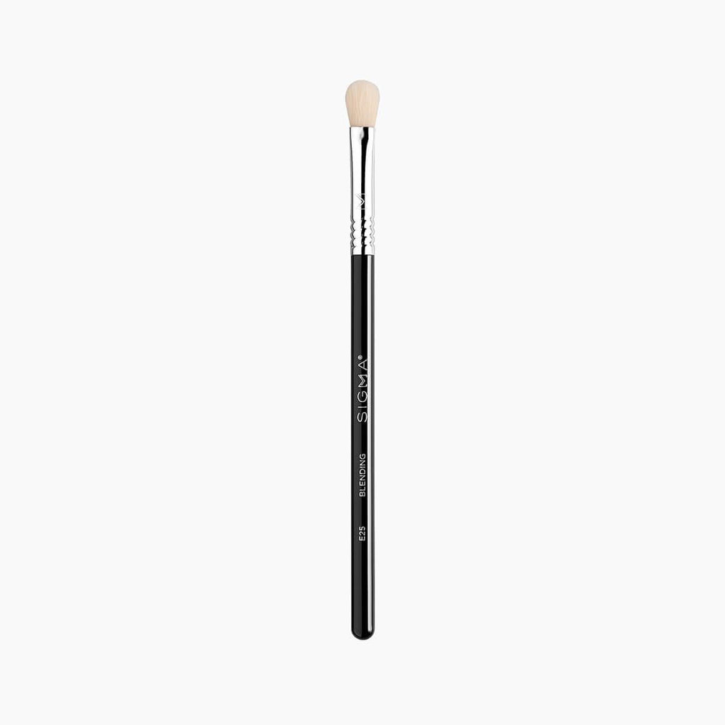 Sigma Beauty Blending Brush
