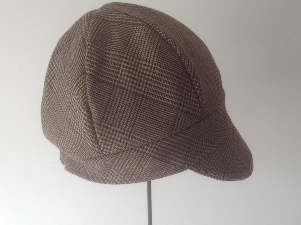 Newsboy hat ,brown plaid