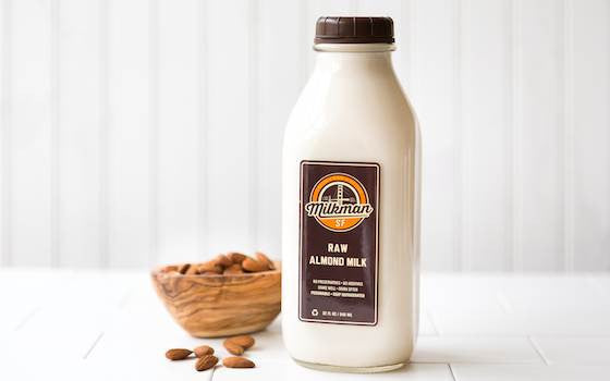 <b>One Time Delivery:</b> <b>32 oz.</b> Raw Almond Milk