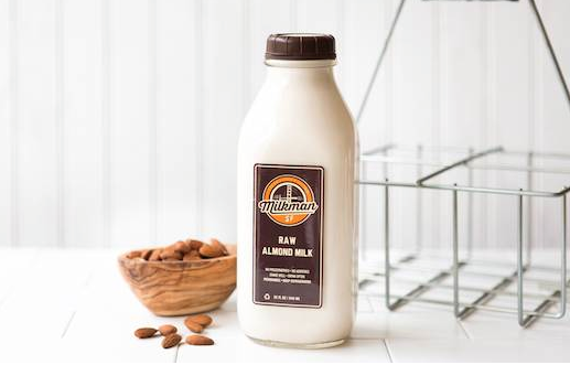 <b>Monthly Packages:</b> Raw Almond Milk