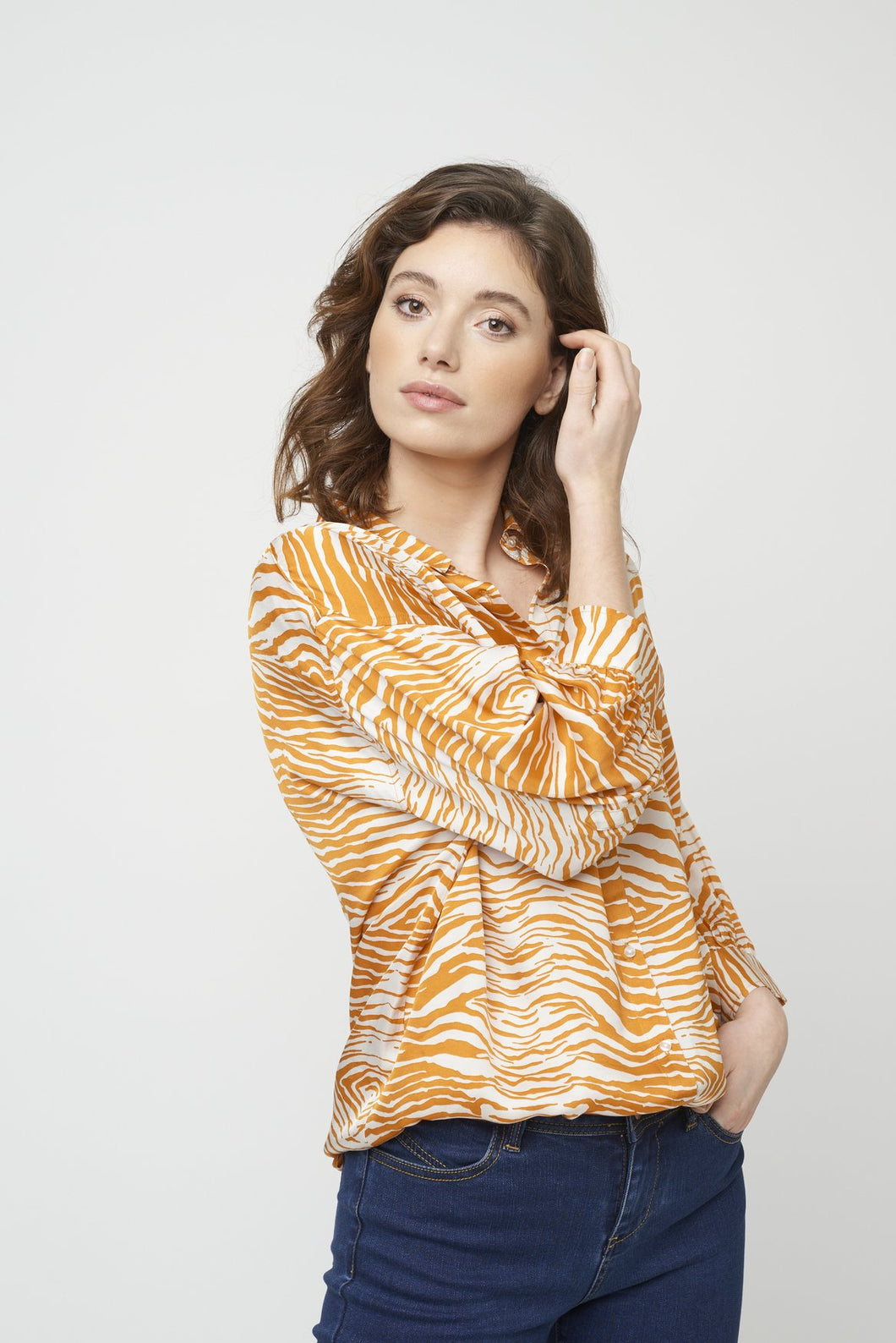 Garbie Shirt in Orange by Soya Concept