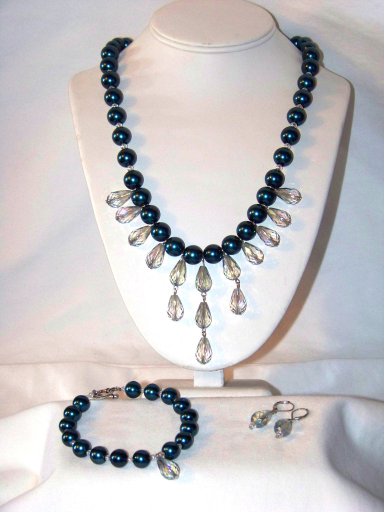 Iris Glass w/ Navy Blue Glass Pearl Necklace Set