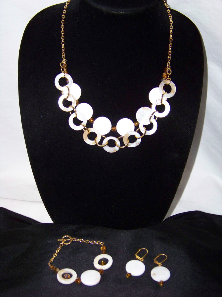Natural Shell w/ Yellow Swarovski Necklace Set