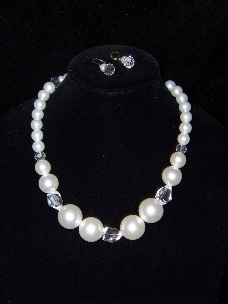 White Crystal Pearls Necklace w/ Earrings