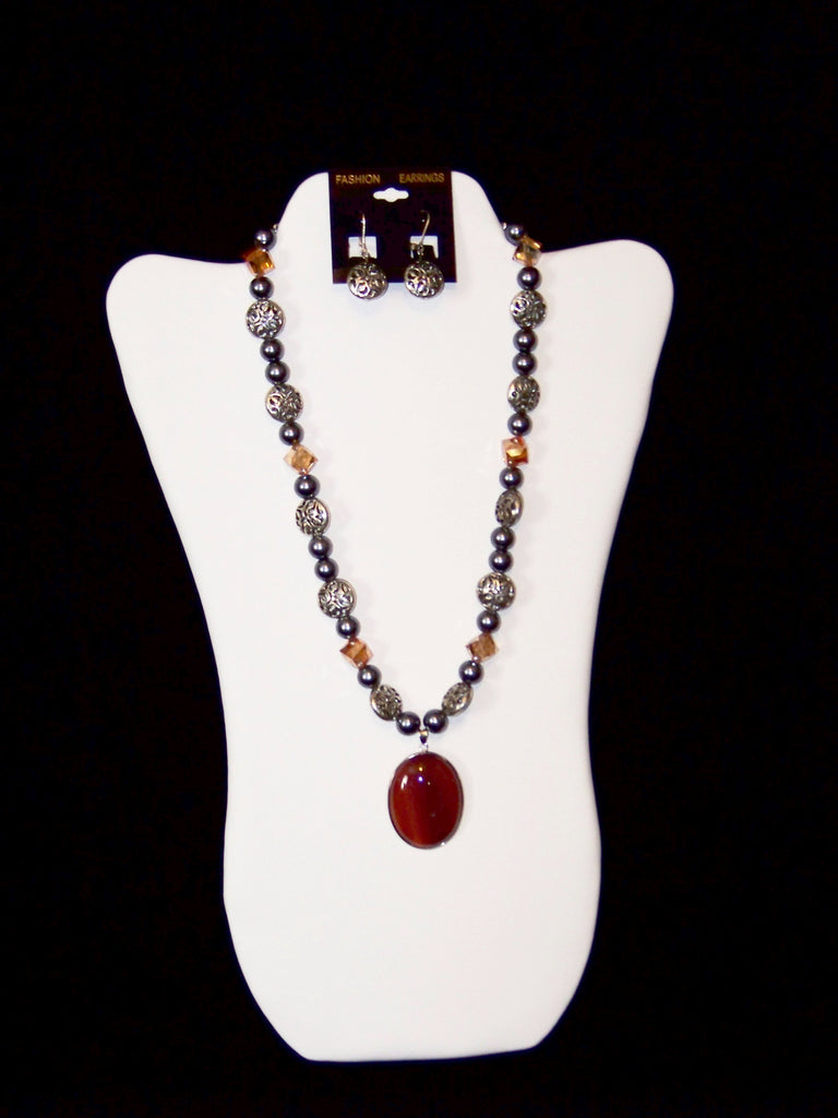Red Agate Pendant Necklace w/ Earrings