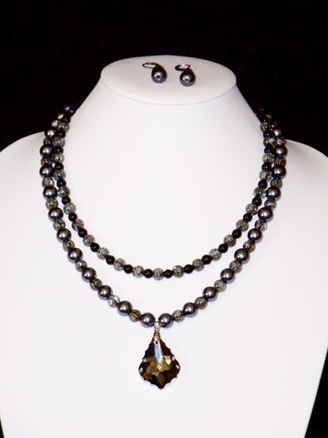 Black Crackle w/ Black Crystal Pendant Necklace & Earring