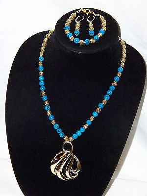 Blue Artisan Glass Beads w/ Vintage Napier Gold Wave Pendant  Necklace Set