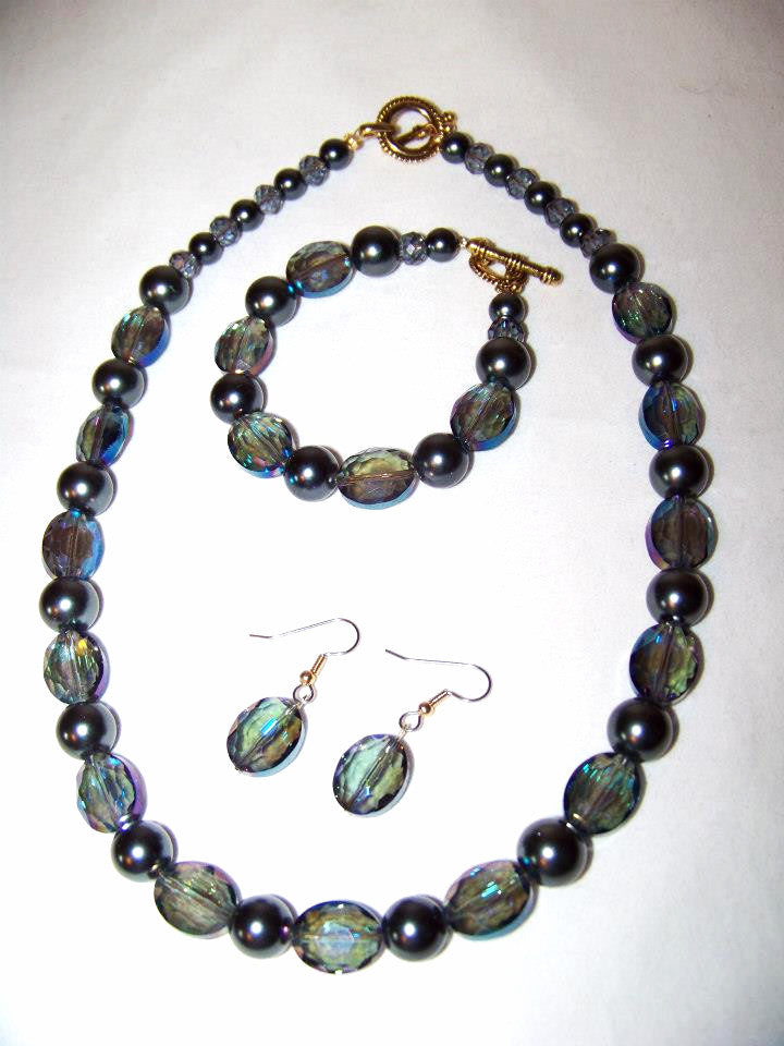 Oval Smokey Crystals w/Dk. Charcoal Pearls Set