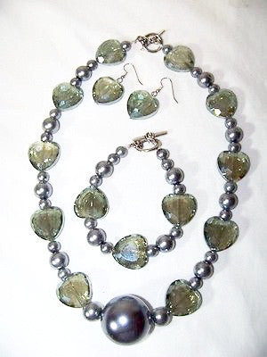 Smokey Green Crystal Hearts w/ Platinum Glass Pearls