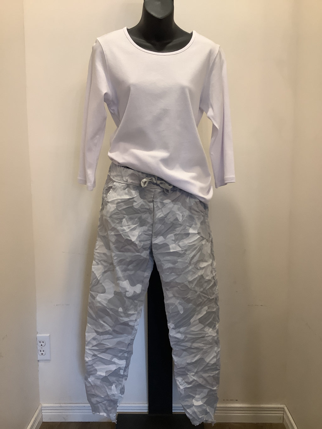 Bella Amore Miltary..Camo Drawstring Pant