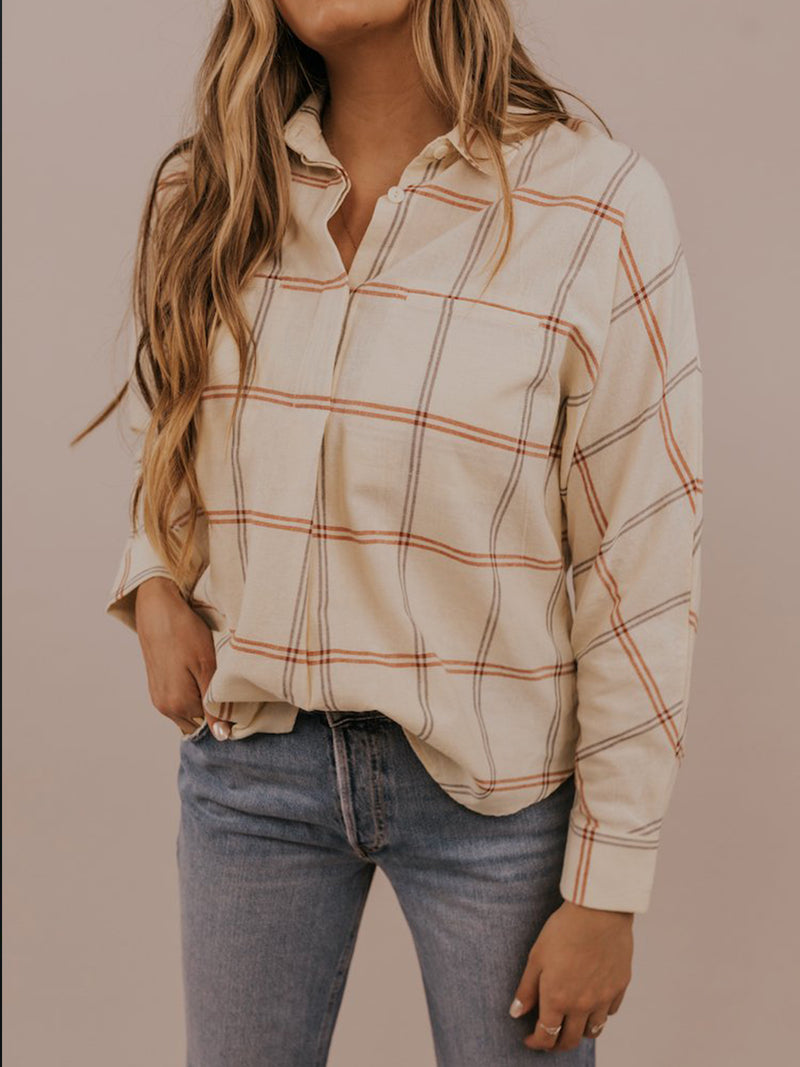 Long-sleeved casual shirt and top plaid shirt