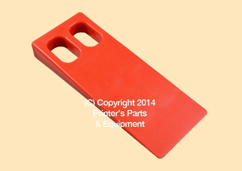 Plastic Wedge For Feeder (Large)