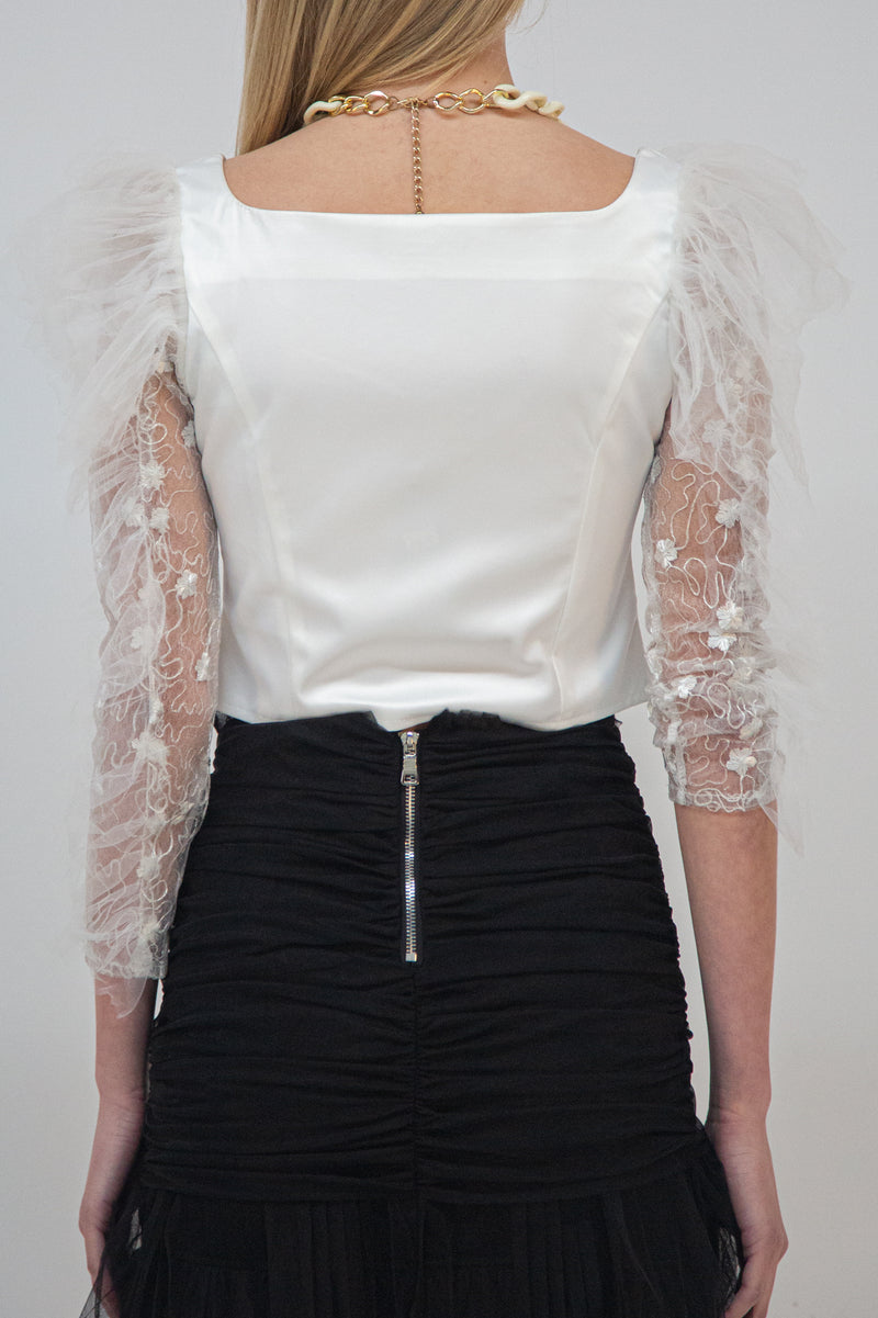 Cropped Blouse with Sweetheart Neckline