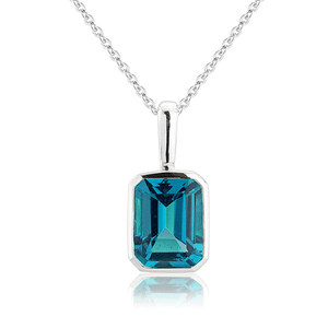 9ct Gold London Blue Topaz Octagon Pendant On Chain