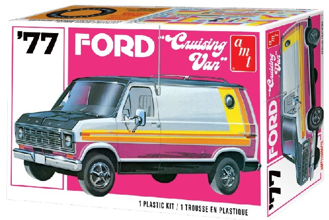 AMT1108M 1977 Ford Cruising Van 1:25 Scale Model Kit