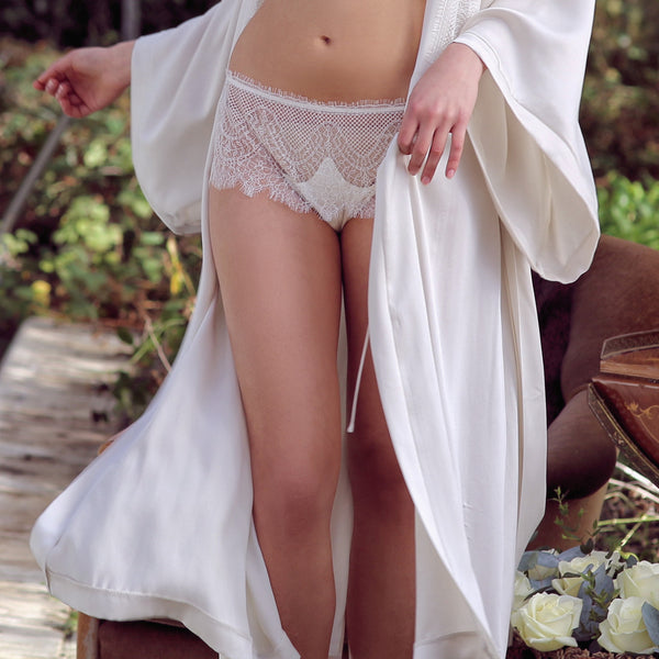 Shell Belle Couture Lingerie Love Story Knicker in Crème Frontview