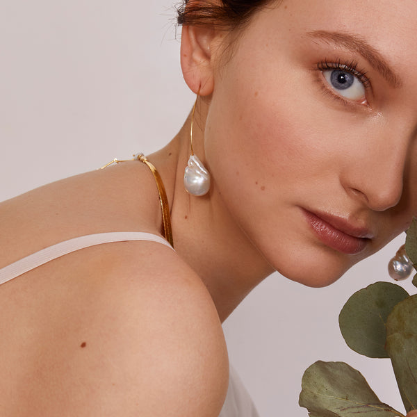 Baroque Pearl Earring in Gold