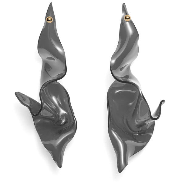 Contortion Earring in Smoke
