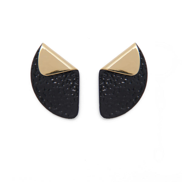 Ami Earring in Gold