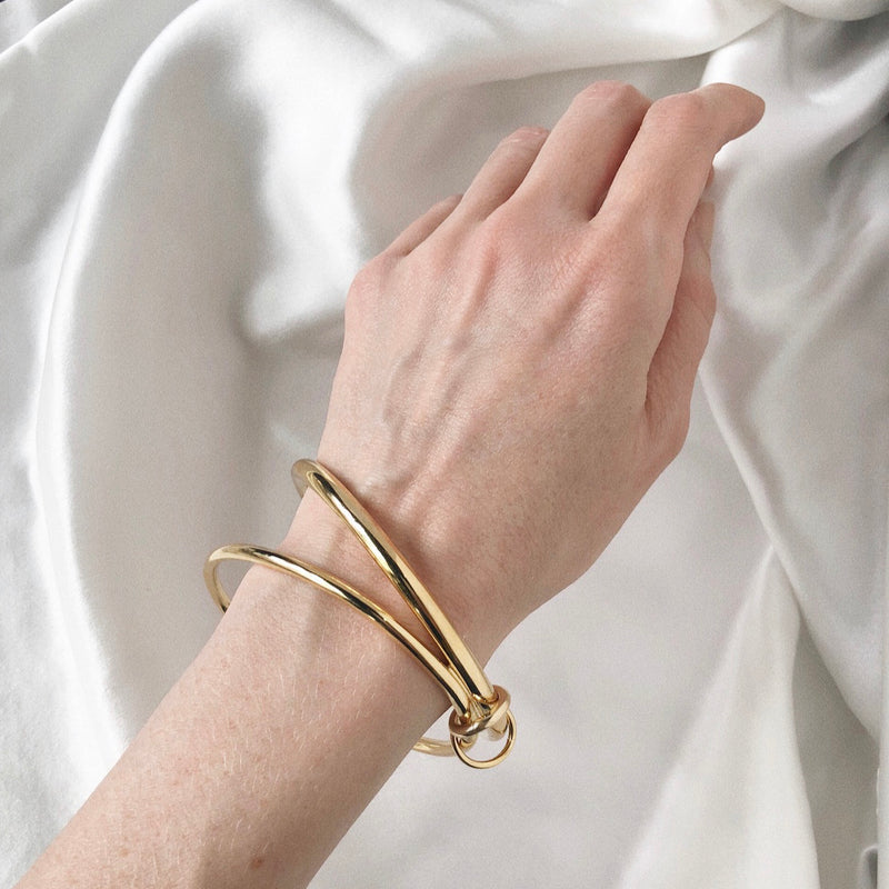 Lady Grey Jewelry Infinity Bracelet in Gold