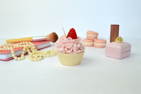 air smooches cupcake candle by everything dawn bakery candles
