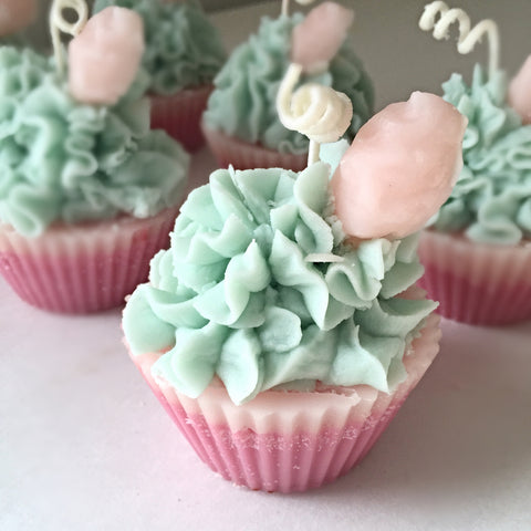 Scented Bakery Style Cupcake Candles