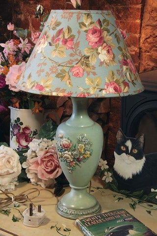 floral tea room table lamp