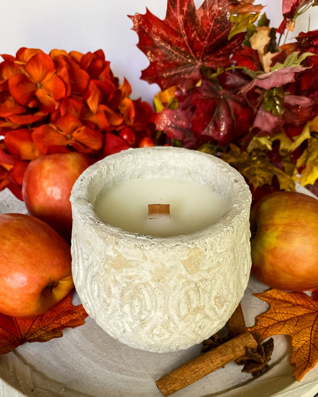 Everything Dawn Candle Fresh Apple and Spice Home Candle