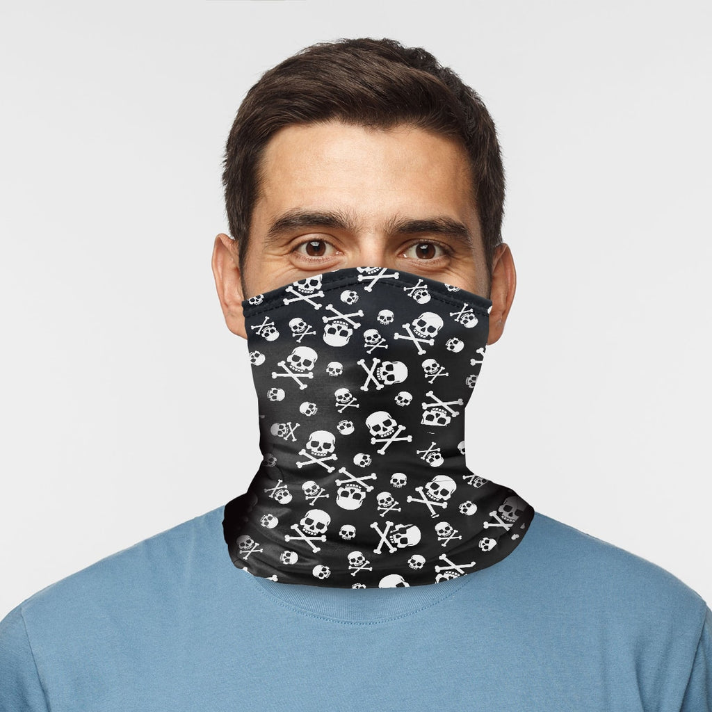 ASTI Neck Gaiter Pirate Skull And Crossbone Man