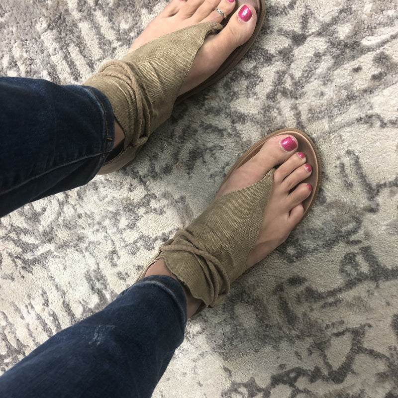 Tan Very G Sparta Sandals-Lola Monroe Boutique