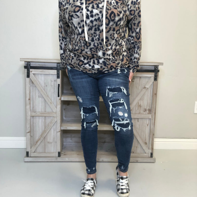 "Judy Blue Denim Patch ""Hey Blue"" Skinnies-Lola Monroe Boutique"