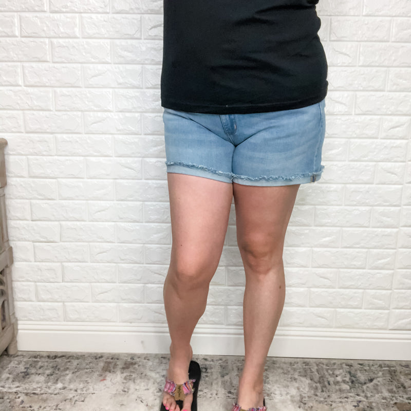 "Judy Blue Cuffed Hem Shorts ""Caught You""-Lola Monroe Boutique"