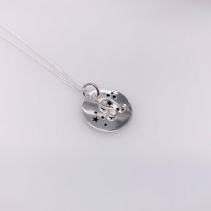 Sterling Silver Leo pendant with chain
