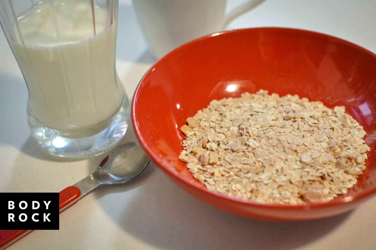 Should You Switch To Oat Milk?