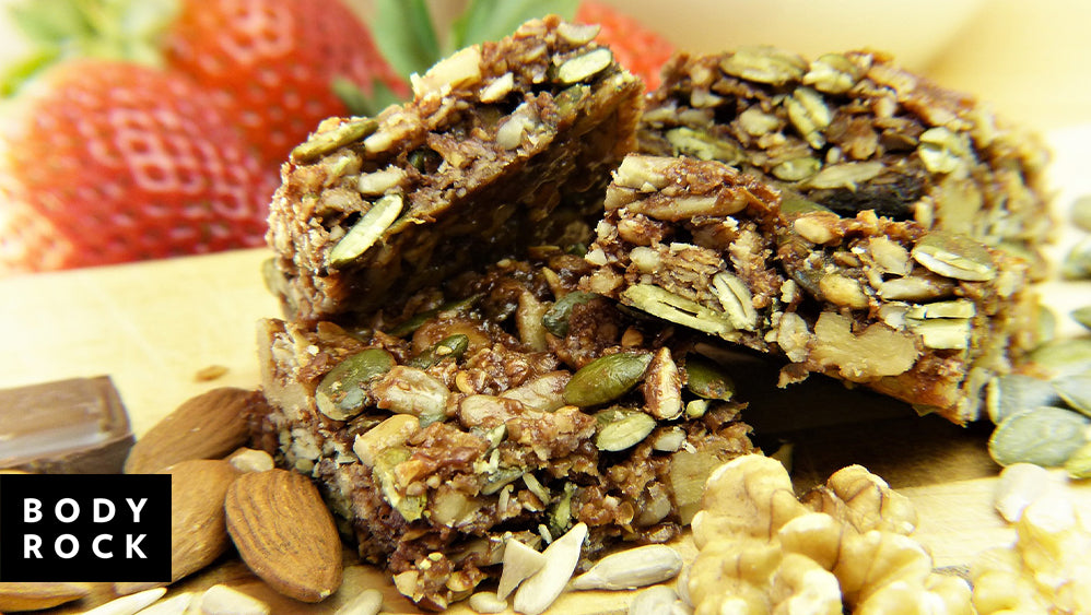Nutty & Nice: Cashew & Dark Chocolate Granola Bar Recipe