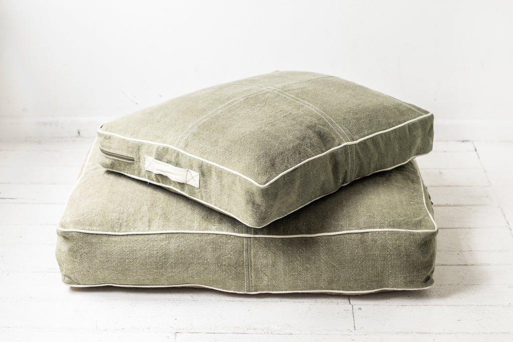Pet Bed - Khaki with White Piping -  Large