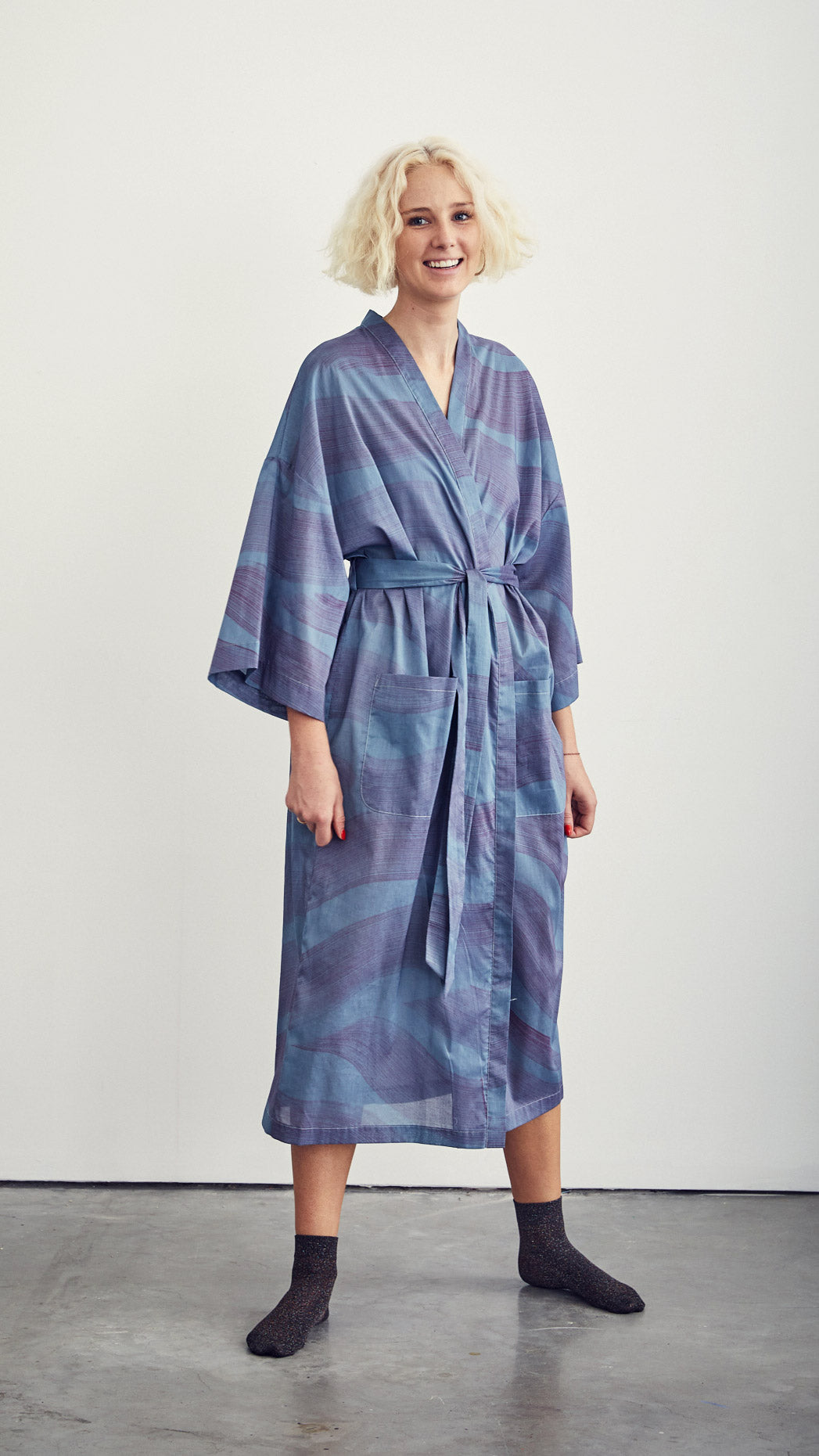 ROBE / dunes on steel blue