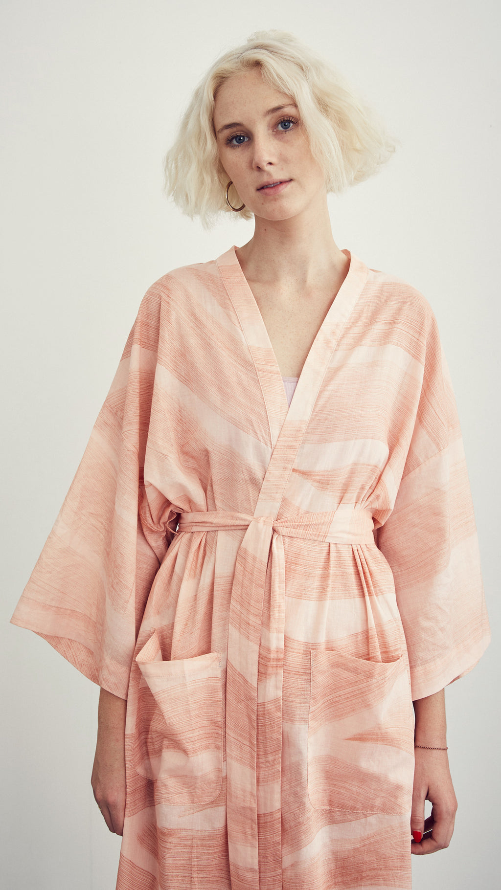 ROBE / red dunes on blush