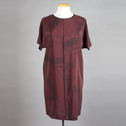 breezy dress in 'zig zag' on wine color