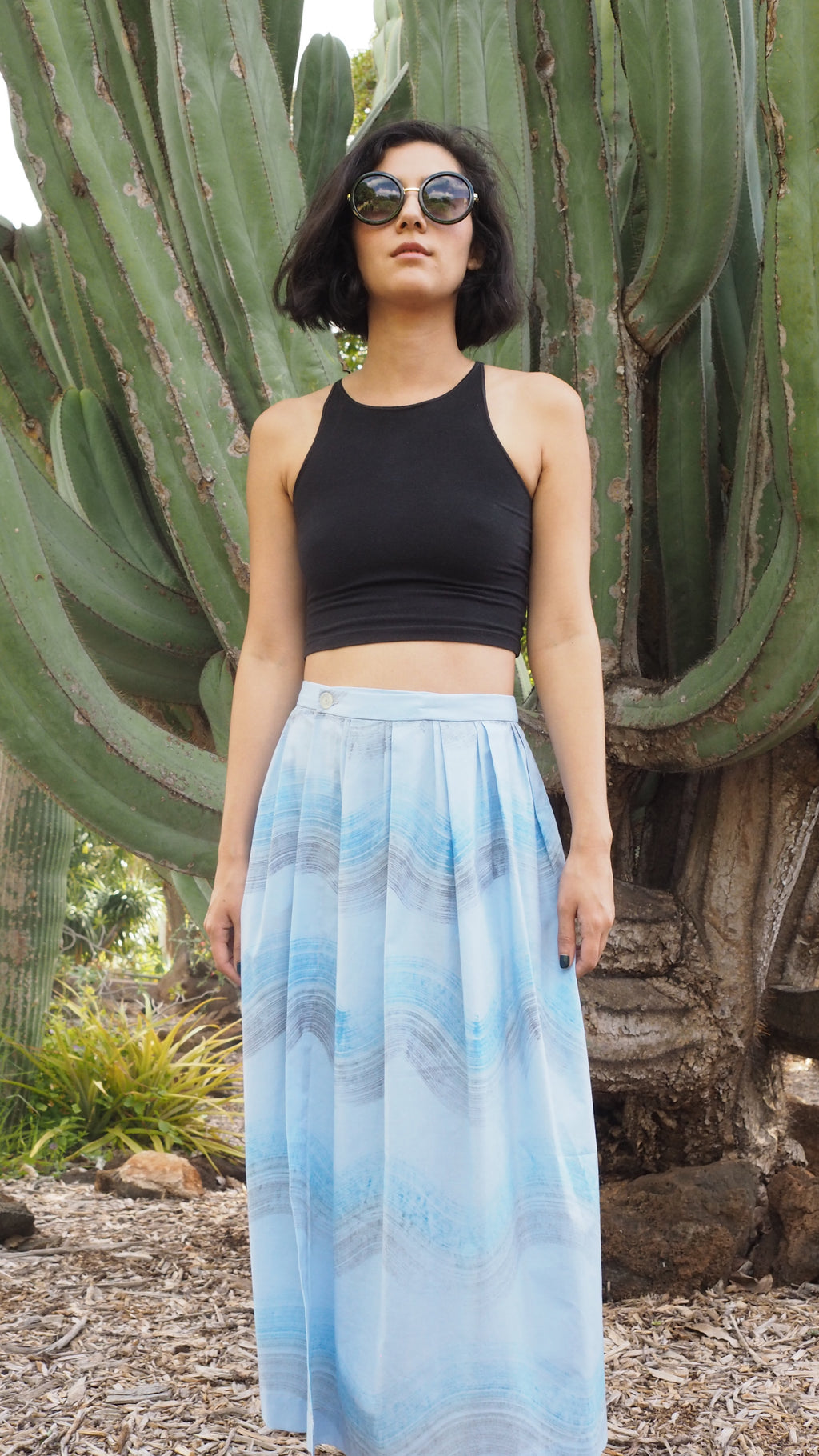 wrap skirt / sound wave / sky