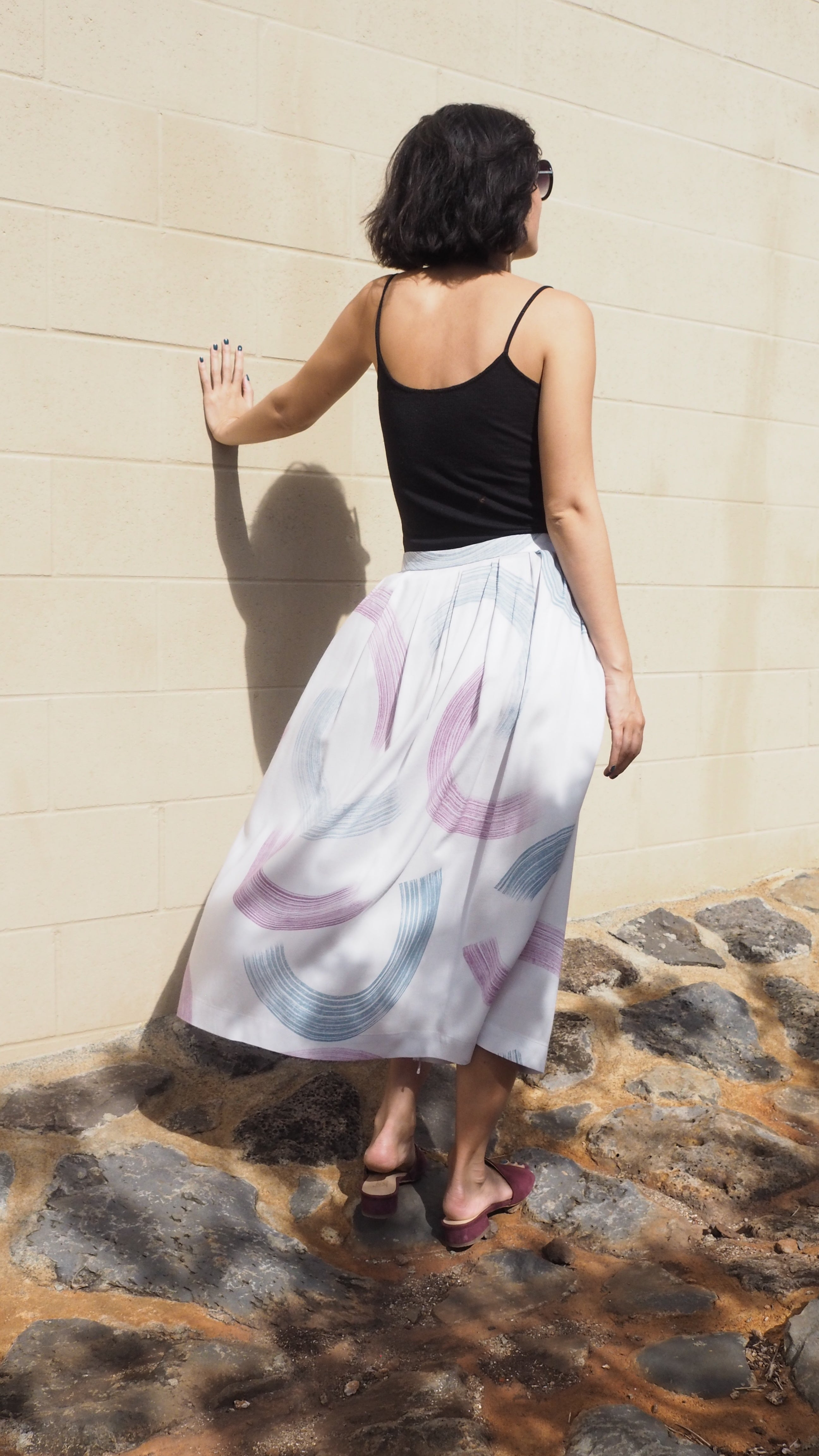 wrap skirt / swoosh / grey