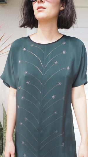 lazy dress / daisy / evergreen