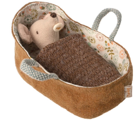 Maileg Baby in carrycot