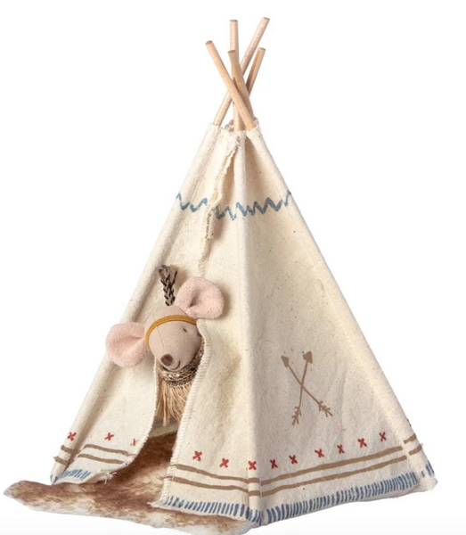 Maileg Little Feather with Tent, Little Sister Mouse