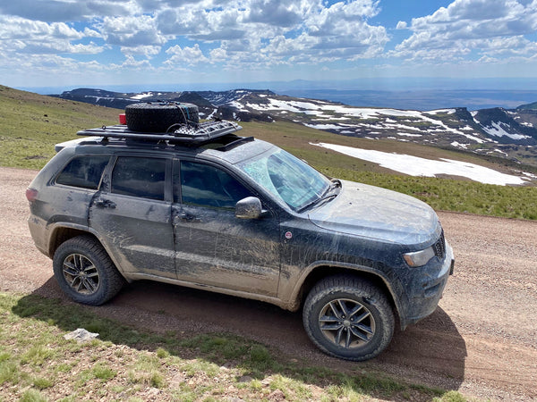 Jeep Grand Cherokee Trailhawk Overlanding
