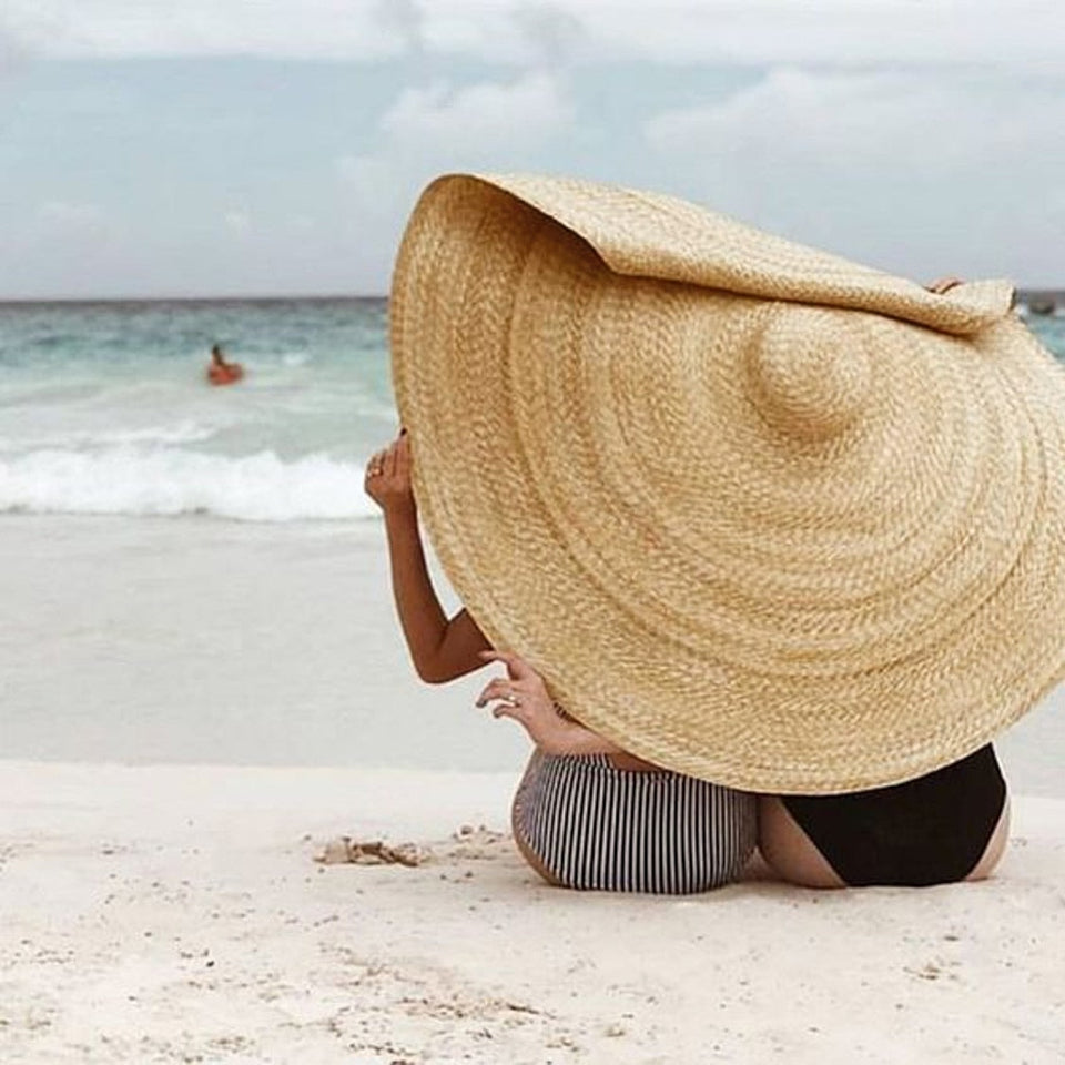 Oversized Straw Beach Hat - Dave's Deal Depot